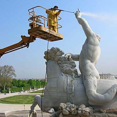 Wartungsmaßnahmen am Neptunbrunnen